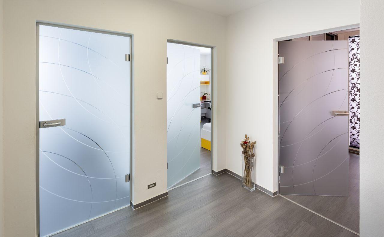 Jednokřídlé otočné dveře 6