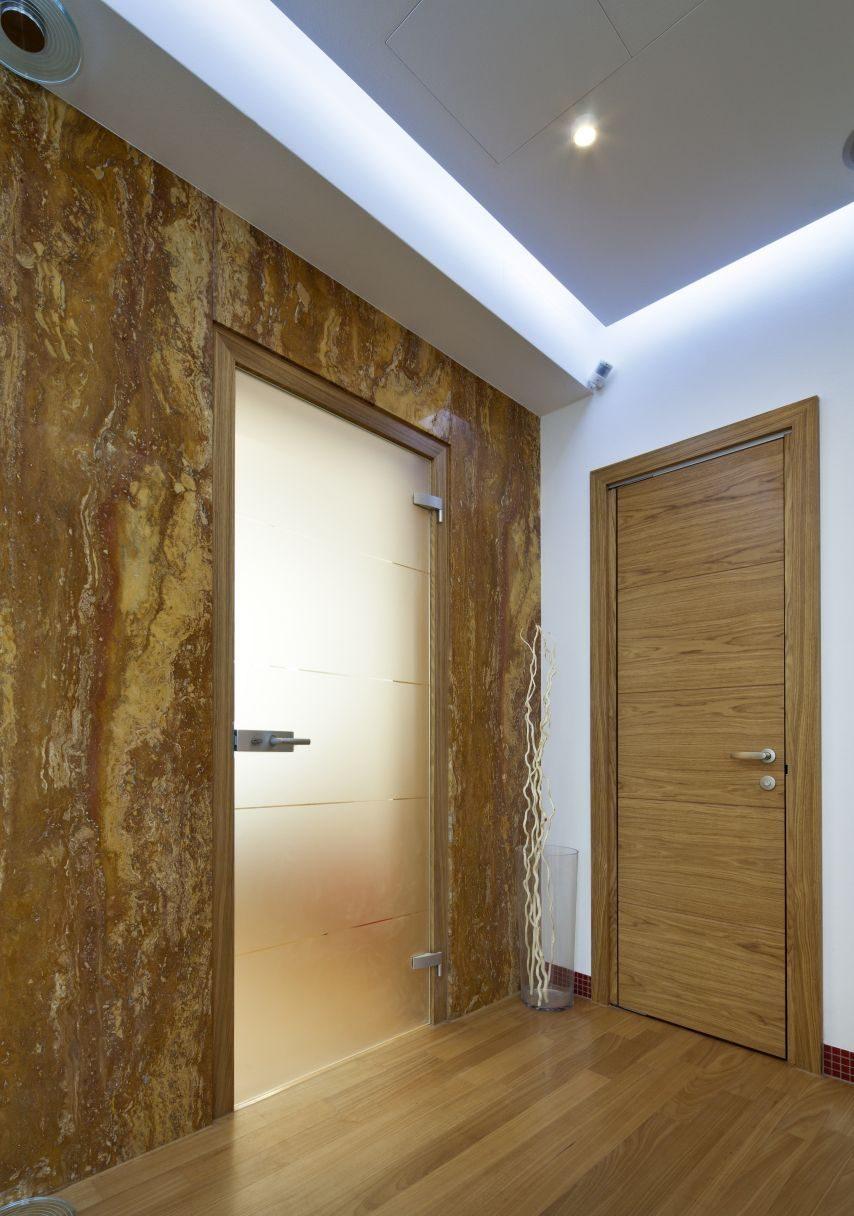 Jednokřídlé otočné dveře 30