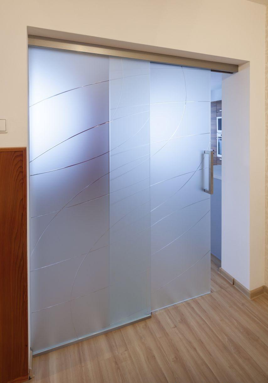 Jednokřídlé posuvné dveře 14