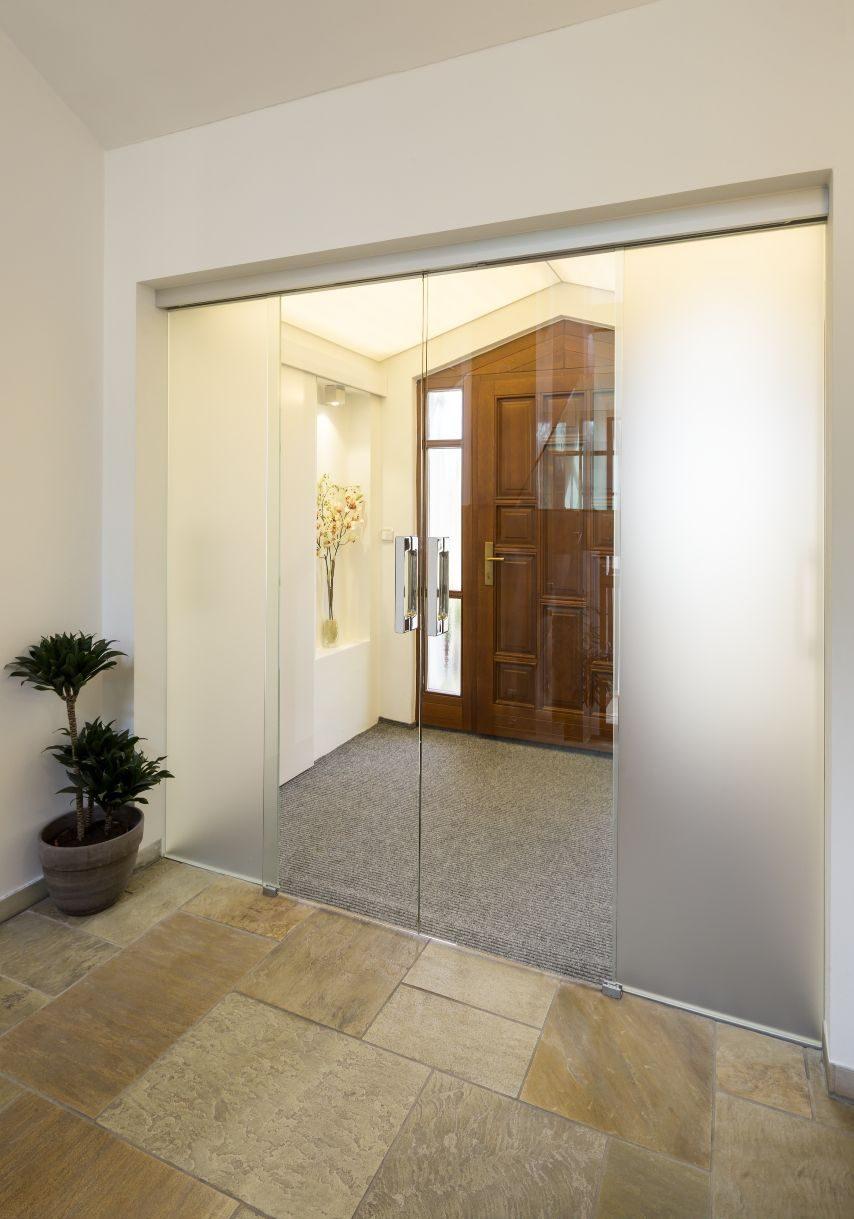 Dvoukřídlé posuvné dveře 2