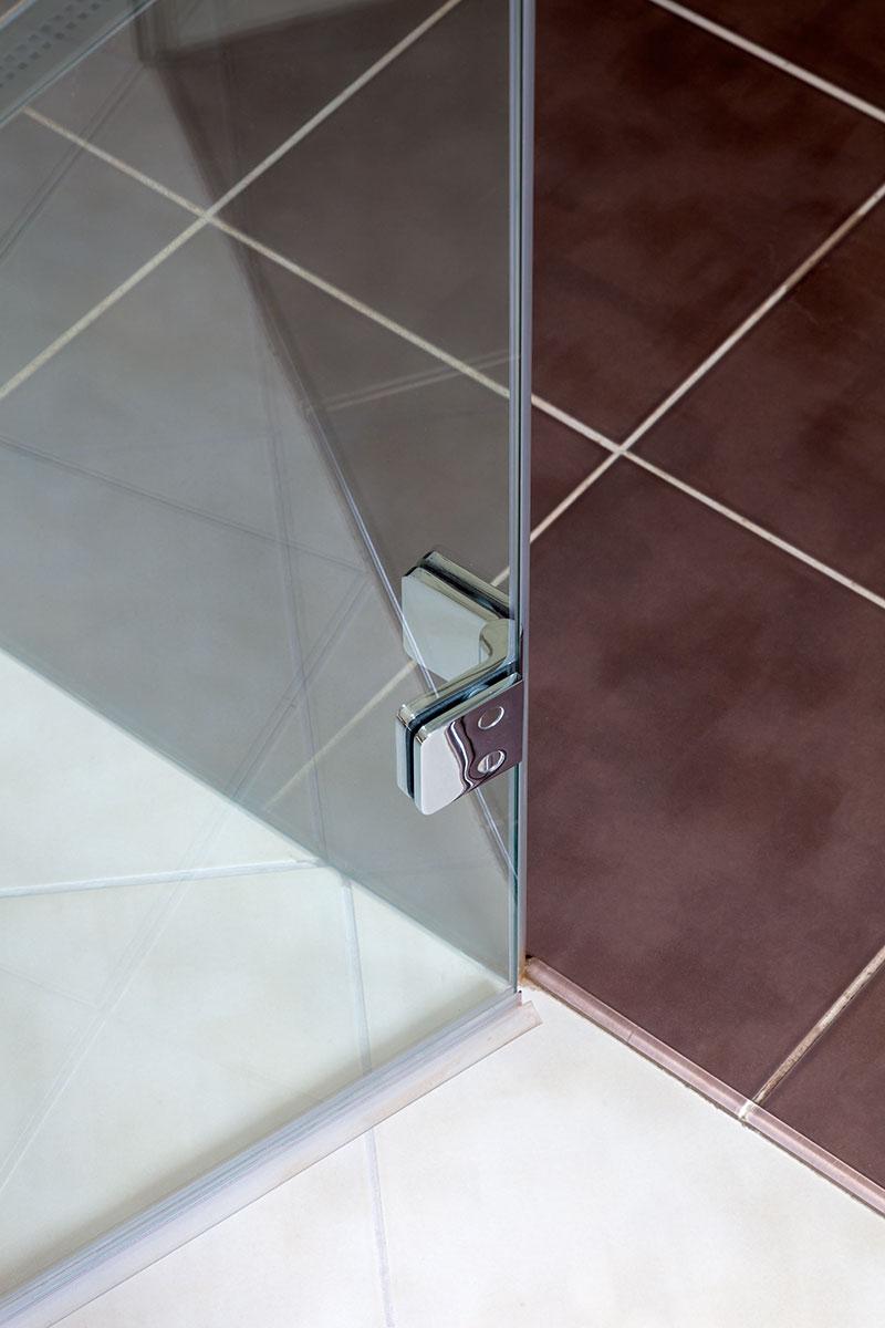 Celoskleněné sprchy